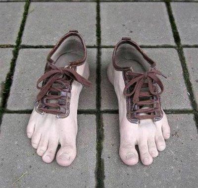 逼真的五指鞋创意设计
