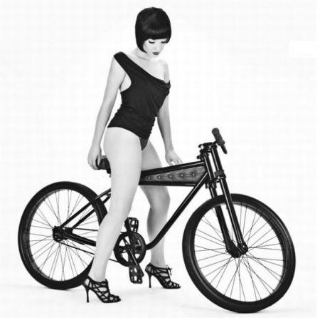 双轮防滑自行车创意设计