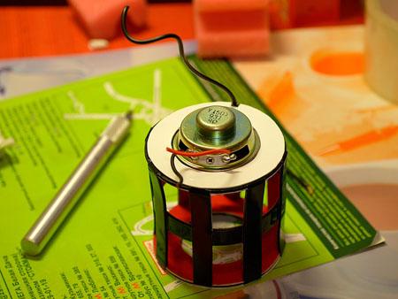 易拉罐改造的音响创意设计