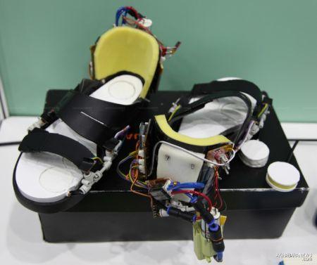 防跌倒鞋子创意设计
