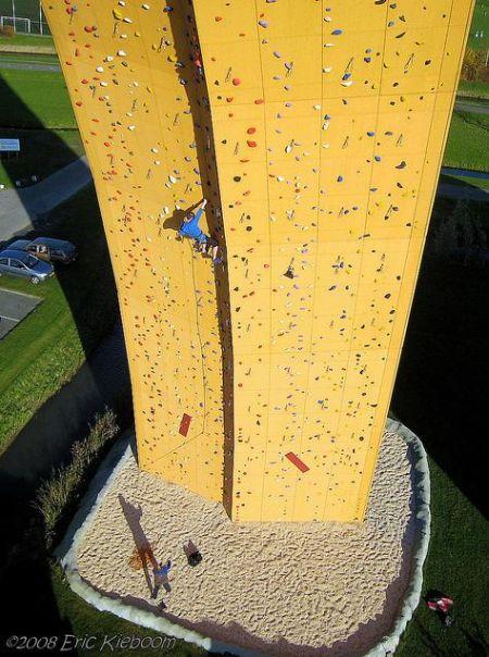 世界上最高的攀岩场创意设计