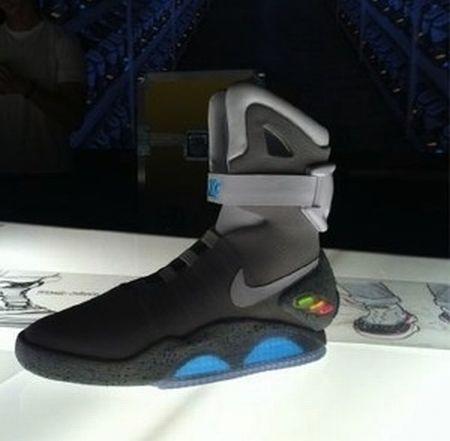 """耐克经典鞋之""""回到未来""""创意设计"""