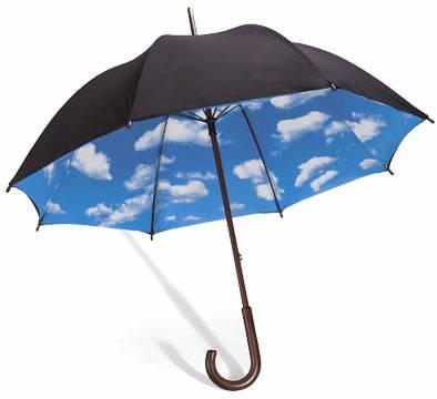 蓝天白云雨伞创意设计