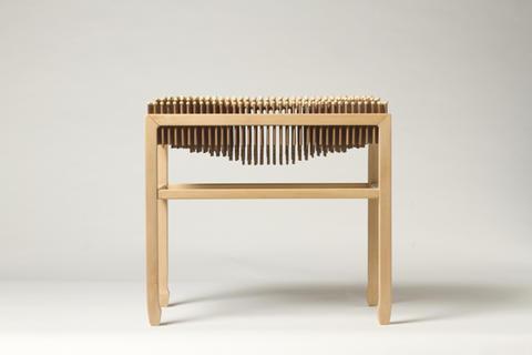 """舒适的""""痛苦椅""""创意设计"""