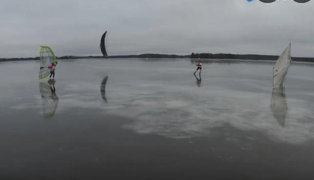 全球最快的滑冰速度创意,身上套个风帆,时速110公里