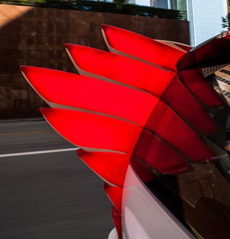 带翅膀的精灵版smart创意设计