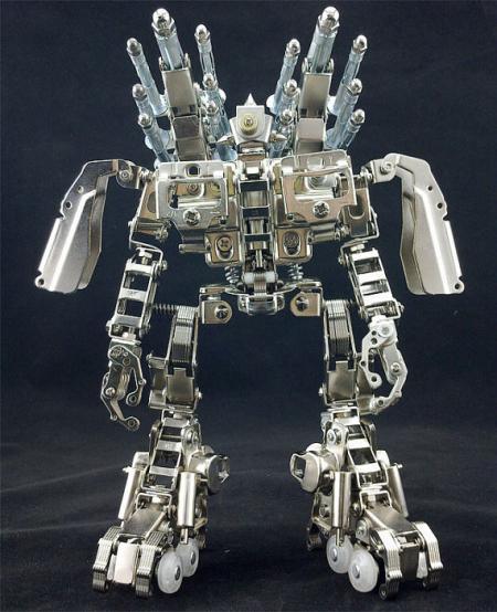 达人DIY金属机器人创意设计