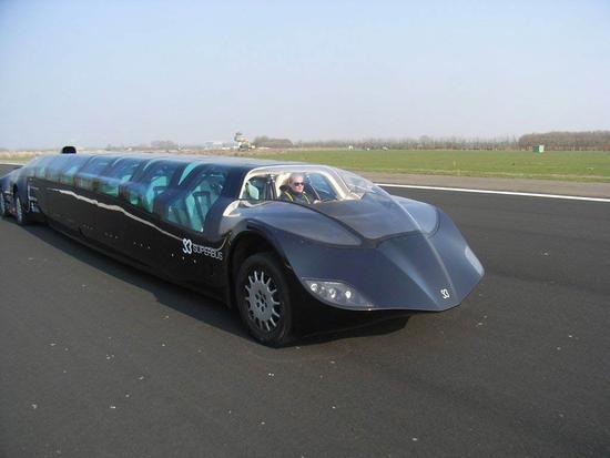 迪拜超级巴士投入使用创意设计