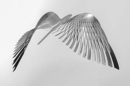 钢板拉伸与切割的艺术创意设计