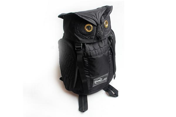 犀利的猫头鹰背包创意设计