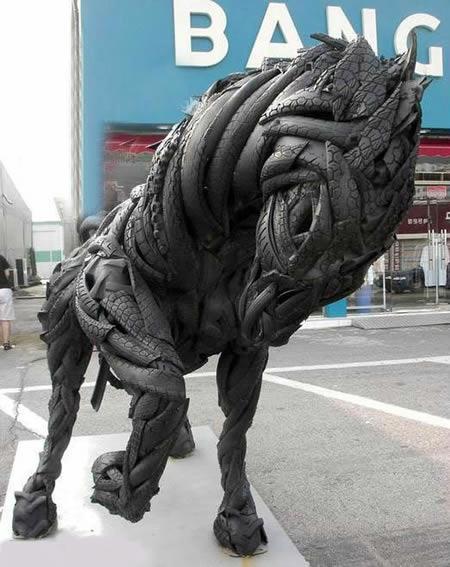 15个废旧轮胎做的雕塑创意设计