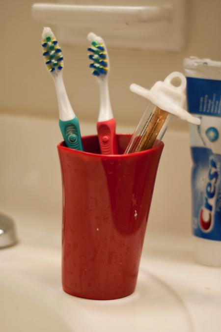 有趣的树枝牙刷创意设计