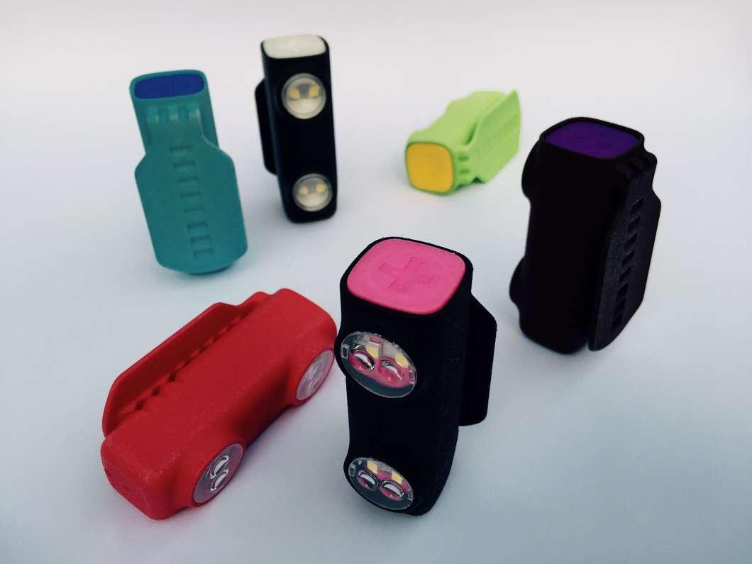 不用电池的夜跑指示灯创意设计