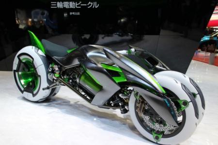 "(KAWASAKI)川崎展出""J""概念变形车创意设计"
