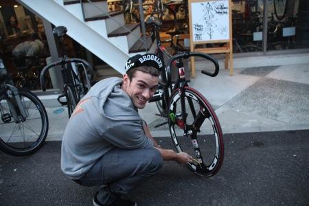 便携自行车打气管创意设计