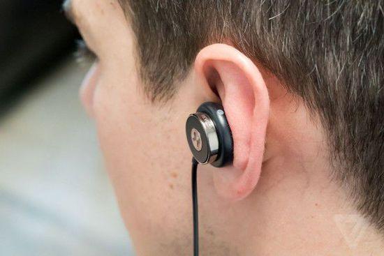 "Revols:一分钟""倒模""出你耳道的专属耳机创意设计"