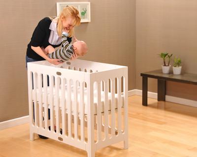 折叠婴儿床创意设计