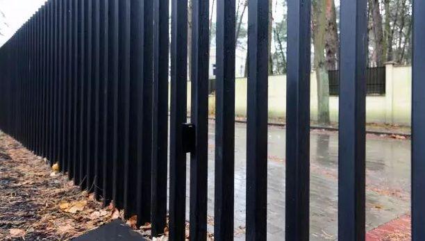 伸缩围栏创意设计,可随时隐藏在地下