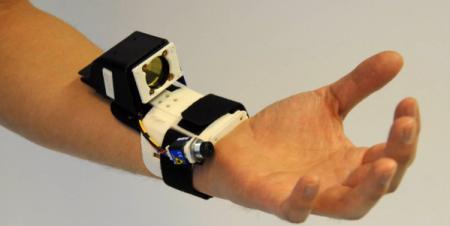 微软新出手势感应设备创意设计