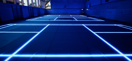 适应不同运动的体育馆玻璃地板创意设计