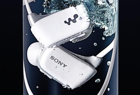 索尼Walkman防水广告创意设计