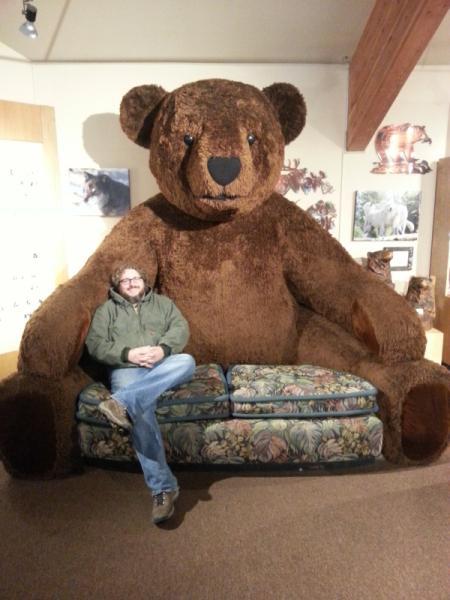 超巨型泰迪熊沙发创意设计