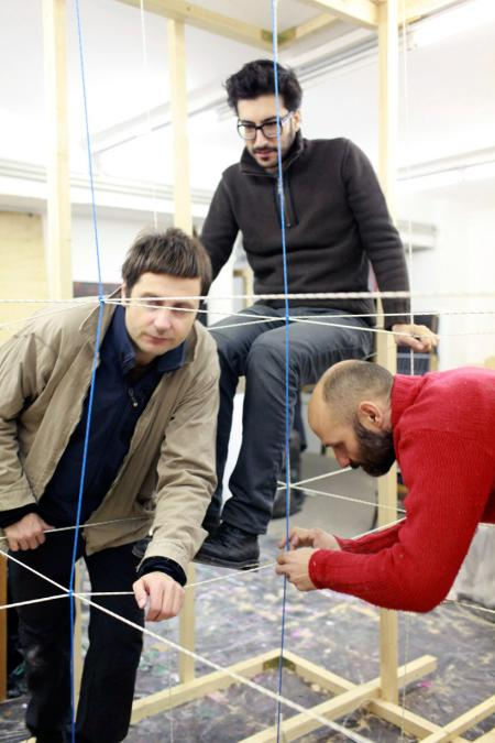 刺激好玩的充气爬绳创意设计