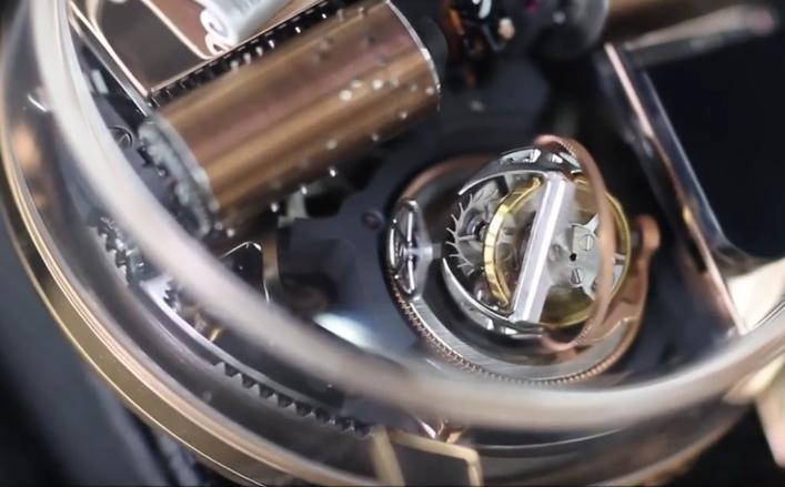 全球限量18杖售价200万的八音盒手表创意设计创意,内置微缩小剧场