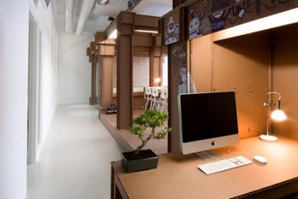 疯狂的纸板办公室创意设计