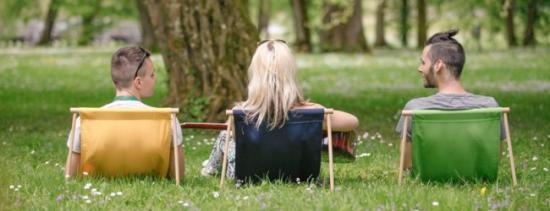 简单便携躺椅创意设计
