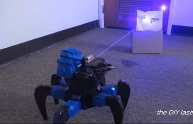 现实版可发射摧毁激光的机器人创意设计
