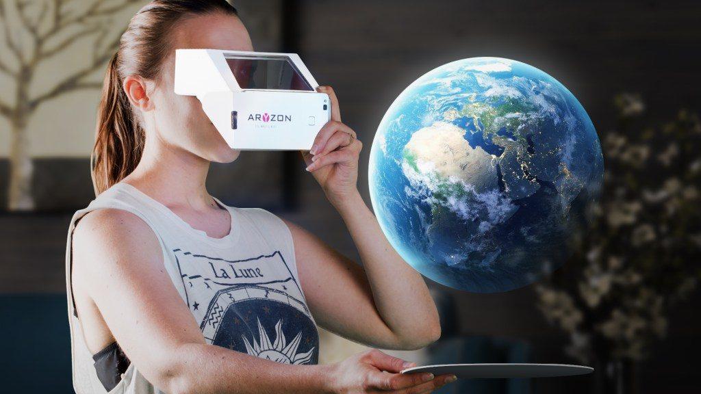 Aryzon物美价廉的纸板AR眼镜创意设计