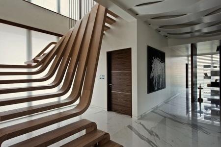 优雅的流线型木梯创意设计