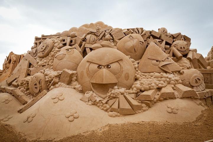 愤怒小鸟沙雕创意设计