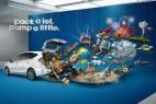 丰田 PriusV 平面广告创意设计