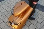 拉杆行李箱式电动车创意设计