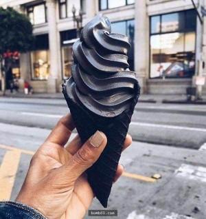 纯黑活性炭雪糕味道十分好创意设计