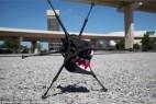遥控六腿奔跑机器人创意设计