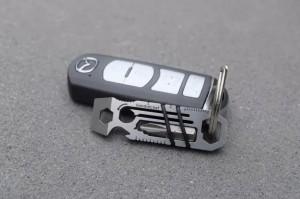 拇指大的多功能钥匙扣创意设计创意,作用堪比整套工具箱